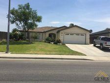 7911 Eagle Ridge St, Bakersfield, CA 93306