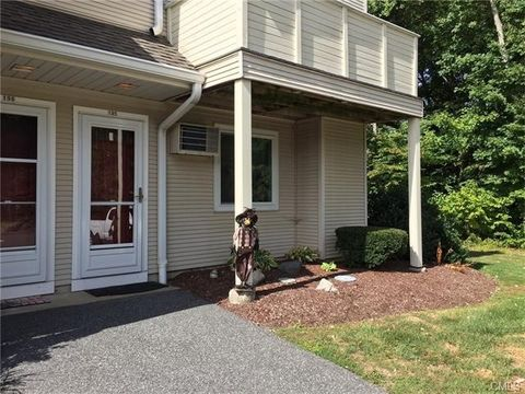 195 Willow Spgs, New Milford, CT 06776