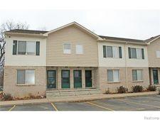 11 Eden Park Dr, Dearborn Heights, MI 48127