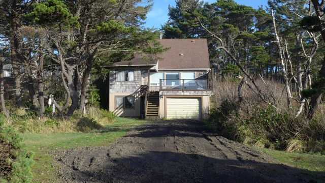 5253 sw pacific coast hwy waldport or 97394 home for