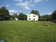 272 Old York Rd, Raritan Township, NJ 08822