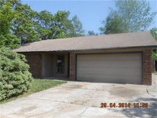 13190 Skyline Dr, Willis, TX 77318