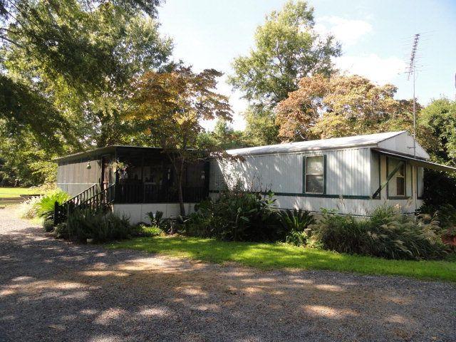 1196 Holland Rd, Summerton, SC