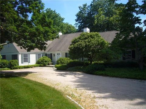 6 Academy Ln, Old Lyme, CT 06371