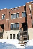 2849 S Pitney Ct, Chicago, IL 60608