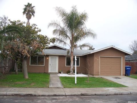 419 Cinnamon Ln, Newman, CA 95360
