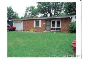 406 Saint Thomas Ln, Cahokia, IL 62206