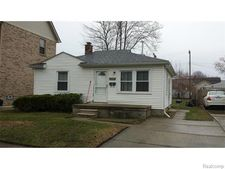 5688 Colonial St, Dearborn Heights, MI 48127