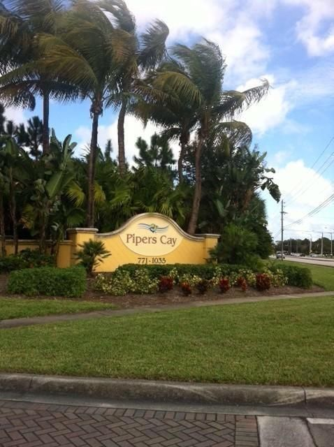 Pipers Cay Dr West Palm Beach
