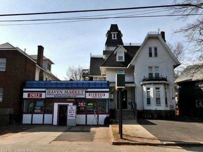 1492 Chapel St New Haven Ct 06511 Public Property