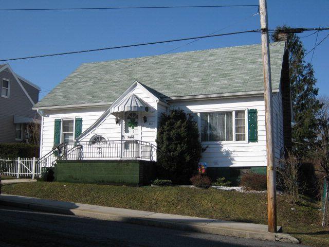 272 5th St, Coaldale, PA 18218