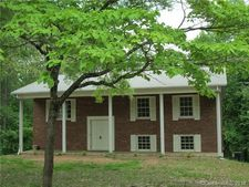 214 Spring Shore Rd, Statesville, NC 28677