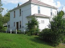 88 Brown St, Thomas, WV 26292