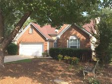 1061 Ashwood Green Way, Snellville, GA 30078