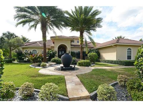 13200 Luray Rd, Southwest Ranches, FL 33330