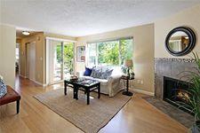 3903 Woodland Park Ave N Apt 101, Seattle, WA 98103