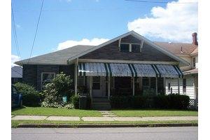 210 Hone Ave, Oil City, PA 16301