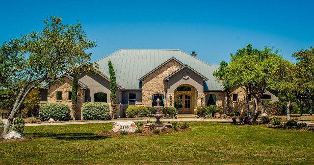 2585 Beaver Ln New Braunfels, TX 78132