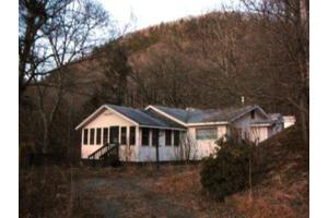 992 Grays Ridge Rd, TUCKASEGEE, NC 28783