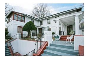 11 Brookdale Ave, New Rochelle, NY 10801