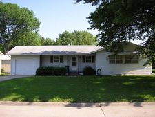905 1st St, Griswold, IA 51535
