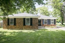 11500 Carriage Rest Ct, Louisville, KY 40243