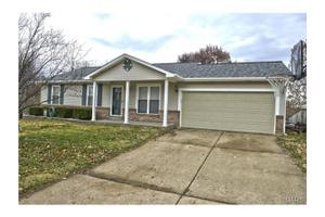 87 Harvest Brown Ct, St Peters, MO 63376