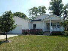 201 W Rosewood Dr, Markleville, IN 46056