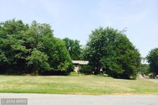 98 Great Lake Dr, Annapolis, MD 21403