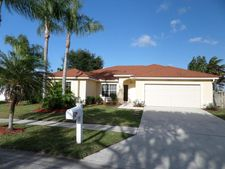 5617 Descartes Cir, Boynton Beach, FL 33472