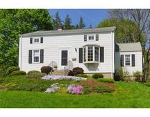 74 Kings Grant Rd, Marlborough, MA 01752