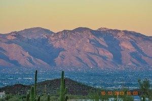 6707 W Sweetwater Dr, Tucson, AZ 85745