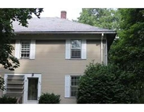 1020 Stafford St, Leicester, MA 01542