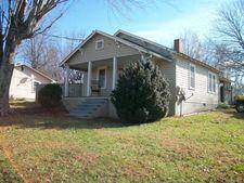 30 Seagle St, Marion, NC 28752