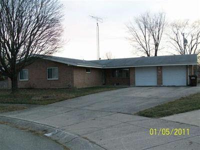 824 Glenstone Ct Dayton OH 45426