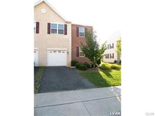 3686 Clauss Dr, Lower Macungie Township, PA 18062