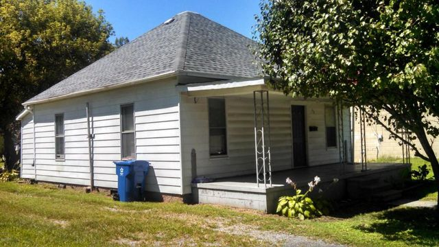 mc leansboro singles Find homes for sale and real estate in mcleansboro, il at realtorcom® search  and filter mcleansboro homes by price, beds, baths and property type.