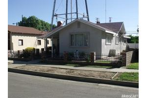 320 6th St, Gustine, CA 95322