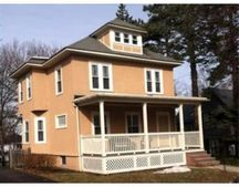 39 Harvard St, Lowell, MA 01851