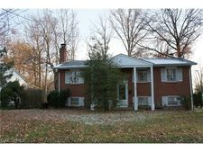 1809 Lemont Dr, Youngstown, OH 44514
