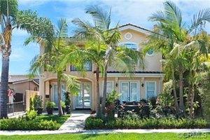 310 Iris Ave, Corona Del Mar, CA 92625