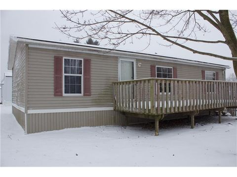 908 New Castle Rd, Worth Township But, PA 16057