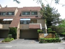33 John Bean Ct, Port Washington, NY 11050
