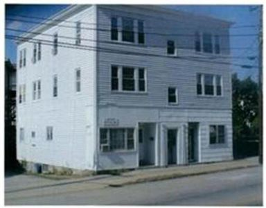 3 E Main St, Webster, MA