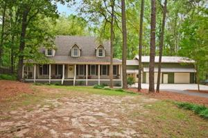 5 Twin Oaks Dr, North Augusta, SC 29860
