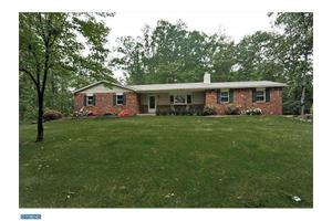 2035 Oak Ln, Harleysville, PA 19438
