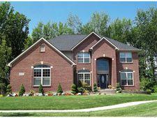 895 S Pemberton, Bloomfield Township, MI 48302