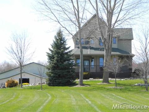 Photo of 141 Mayer Rd, Wales, MI 48027