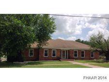 912 E Leon St, Gatesville, TX 76528