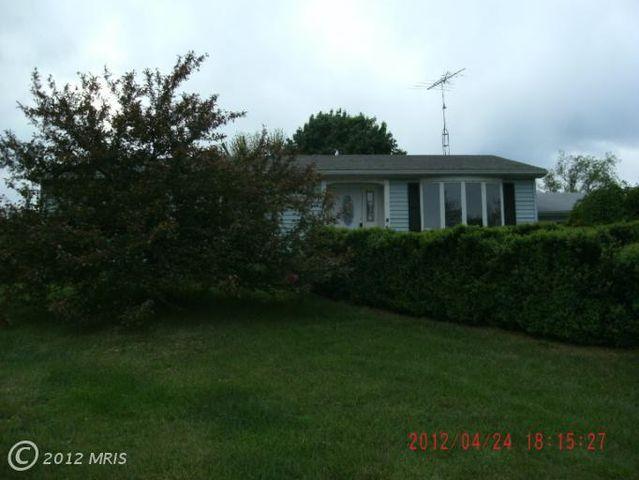85 Powell Ln, Martinsburg, WV